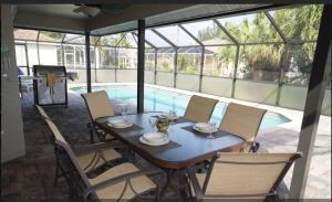 Cabana Del Sol - SW Cape Coral, Holiday homes  Cape Coral - big - 15