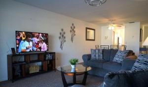 Cape Palms - 2bd/1bath Condo, Holiday homes  Cape Coral - big - 7