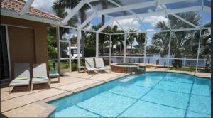 Alicia 1014 - SE Cape Coral Luxury, Dovolenkové domy  Cape Coral - big - 25