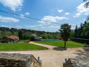 Maison De Vacances - Blanquefort-Sur-Briolance 1, Dovolenkové domy  Saint-Cernin-de-l'Herm - big - 67