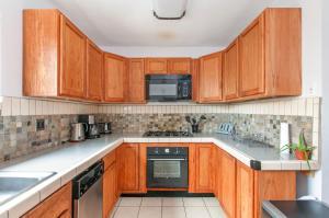 Golden Hill - Three Bedroom Home, Dovolenkové domy  San Diego - big - 17