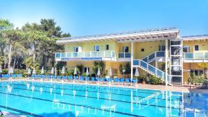 Hotel Alla Terrazza, Bibione, Italy | J2Ski