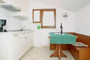 Beach Step Apartment, Apartmanok  Poreč - big - 22