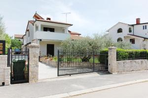 Beach Step Apartment, Appartamenti  Porec - big - 28