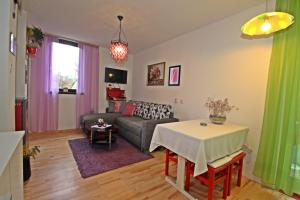 Appartmetn Matilda, Apartmanok  Poreč - big - 9