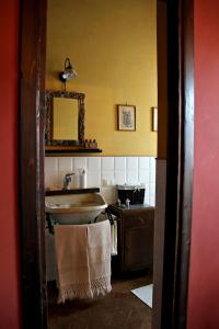 Al Vecchio Fontanile B&B, Bed & Breakfast  Ladispoli - big - 3