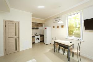 Apartment Near the sea, Appartamenti  Adler - big - 19