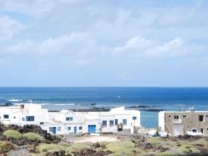 Casita Bahia Pool First Line, Ferienwohnungen  Punta de Mujeres - big - 5