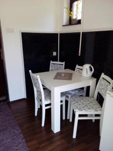 Guest House Zuzic, Guest houses  Zrenjanin - big - 21
