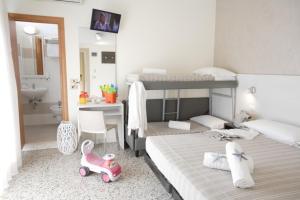 Hotel Tosi, Hotel  Riccione - big - 10