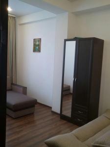 Квартира зима-лето, Apartments  Adler - big - 3