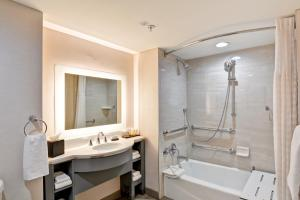 Executive Suite - Disability Accessible/Non-Smoking