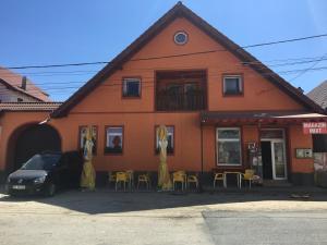 Casa Cosmin