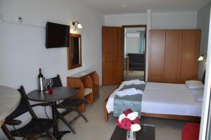 Kiwi Hotel, Hotels  Nea Fokea - big - 13
