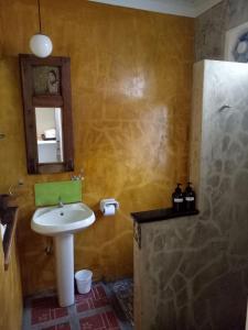 Baan Jaru, Гостевые дома  Чианграй - big - 129