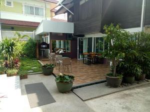 Baan Jaru, Гостевые дома  Чианграй - big - 126