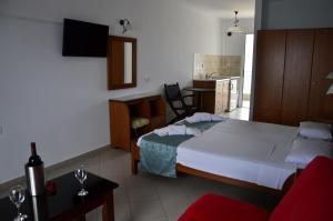 Kiwi Hotel, Hotels  Nea Fokea - big - 19