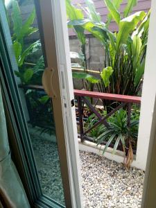 Baan Jaru, Гостевые дома  Чианграй - big - 124