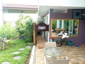 Baan Jaru, Гостевые дома  Чианграй - big - 116