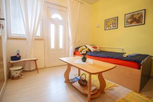 Guesthouse Adi, Penziony  Mostar - big - 17