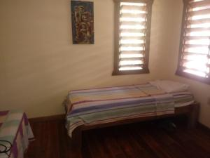 Roatan Backpackers' Hostel, Hostelek  Sandy Bay - big - 81