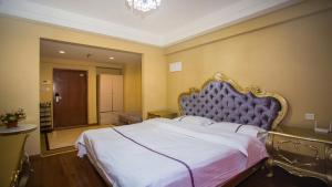 Hanlinge Apartment, Апартаменты  Далянь - big - 3