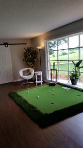 The Golf House, Hétvégi házak  Radcliff - big - 26