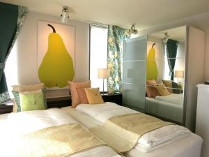 B&B AH87 OSAKA, Bed and breakfasts  Senriyama - big - 12