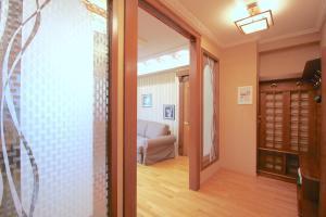 Alpha Apartaments on K.Marksa, Apartmanok  Omszk - big - 13