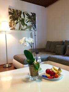 Promenaden-Strandhotel Marolt, Hotely  Sankt Kanzian - big - 3