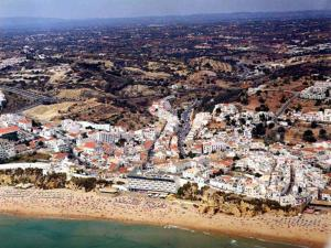 101 Balaia Apartment, Apartments  Albufeira - big - 2