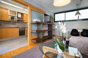 My Space Barcelona Executive Apartments Center, Апартаменты  Барселона - big - 77