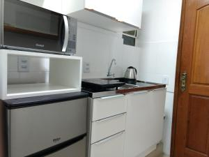 Lugar todo no Centro II-próx. a Santa Casa e UFRGS, Апартаменты  Порту-Алегри - big - 12