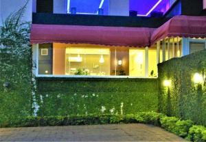 Home Suites Hotel, Hotel  Freetown - big - 28
