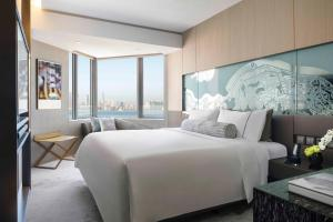 Club Urban King or Two Double Beds with Harbour View