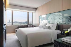 Club Premium King or Two Double Beds with Harbour View
