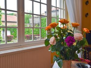 Holiday home Maison Amouroux, Ferienhäuser  Villefranche-du-Périgord - big - 10