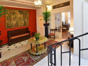 Holiday home Maison Amouroux, Ferienhäuser  Villefranche-du-Périgord - big - 17