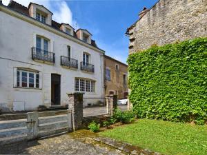 Holiday home Maison Amouroux, Ferienhäuser  Villefranche-du-Périgord - big - 1