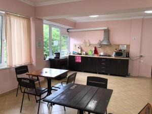Guest House Veronika, Affittacamere  Loo - big - 46