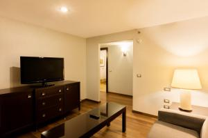 Double Junior Suite with Access to Executive Lounge