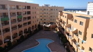Marineda pool view