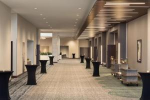 Embassy Suites By Hilton Denton Convention Center, Hotel  Denton - big - 35