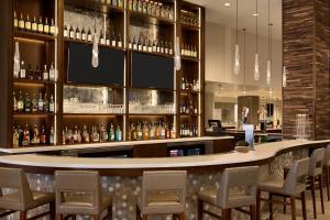 Embassy Suites By Hilton Denton Convention Center, Hotels  Denton - big - 19