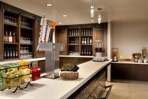 Embassy Suites By Hilton Denton Convention Center, Hotel  Denton - big - 18