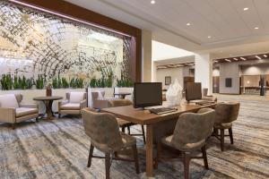 Embassy Suites By Hilton Denton Convention Center, Hotel  Denton - big - 14