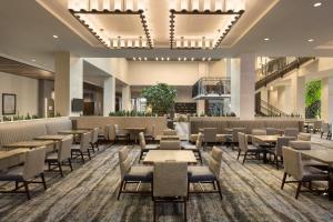 Embassy Suites By Hilton Denton Convention Center, Hotel  Denton - big - 12