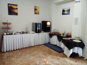 Hotel Firenze, Hotels  Malcesine - big - 40