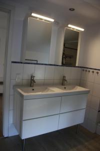 Storchenhof, Apartments  Eutin - big - 69