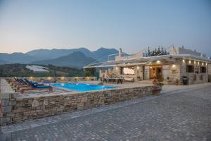 Zeus & Dione Luxury Villa